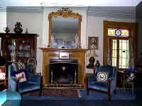 LR Fireplace.jpg (83888 bytes)